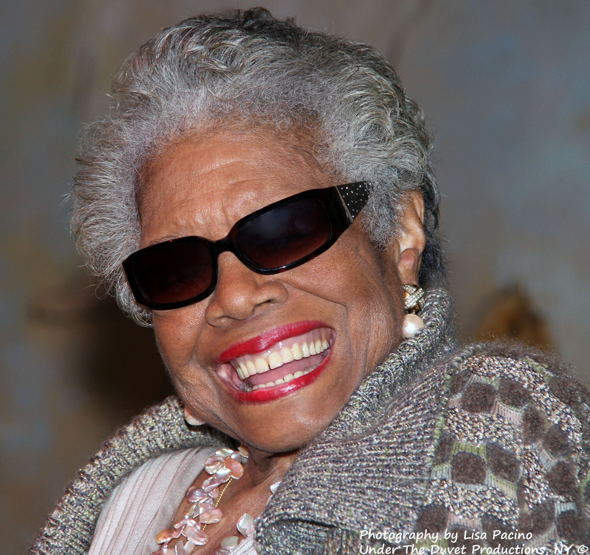 10 Quotes from Maya Angelou That I Live By | In Remembrance
