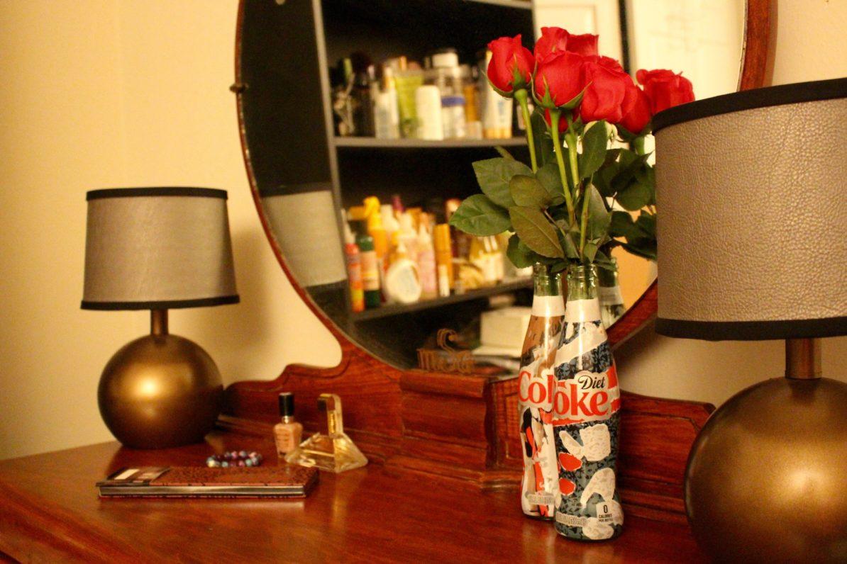 Unique-Glass-Bottle-Flower-Vase-Vanity-Antique-Naturally-Glam-Lamps